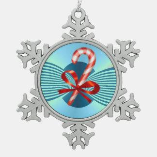 キャンディ・ケーンのピューターの雪片のオーナメント スノーフレークピューターオーナメント