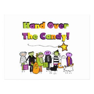 キャンデーのハロウィンのTシャツおよびギフトを引き渡して下さい ポストカード
