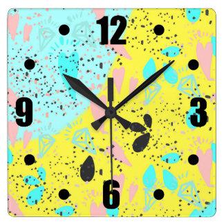 キャンデーのパステルのポップアートパターン スクエア壁時計