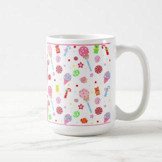 キャンデーの店のマグの子供 コーヒーマグカップ