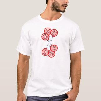 キャンデーの棒つきキャンデーの渦巻パターンデザイン Tシャツ
