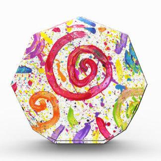 キャンデーは自閉症の芸術家に水をまきます 表彰盾