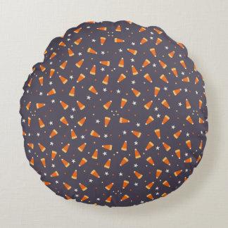 キャンデートウモロコシおよび星のハロウィンの円形の枕 ラウンドクッション