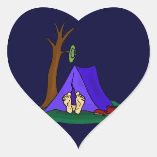 キャンプの真夜中の青をハイキングするステッカーのハートのリモート ハートシール