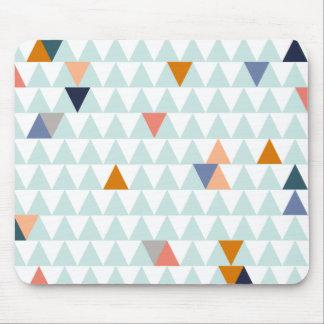 キャンプファイヤーの三角形 マウスパッド
