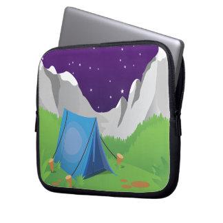 キャンプ-夜 ラップトップスリーブ