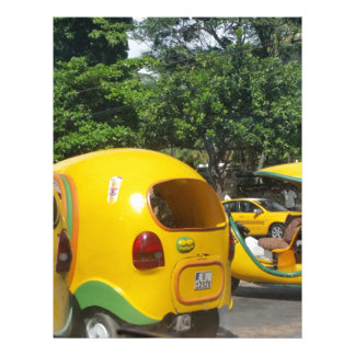 キューバからの明るく黄色いおもしろいのココヤシのタクシー レターヘッド