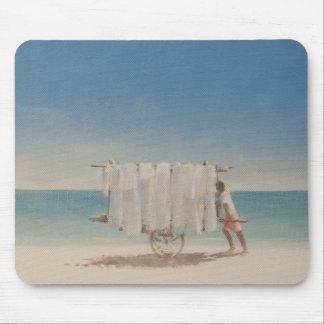 キューバのビーチの販売人2010年 マウスパッド