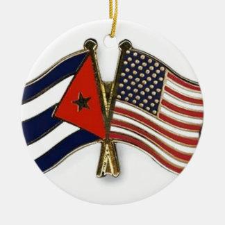 キューバの旗および米国旗 セラミックオーナメント