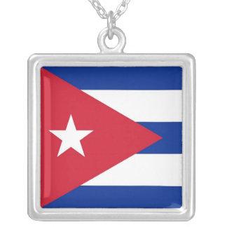 キューバの旗が付いているエレガントなネックレス シルバープレートネックレス