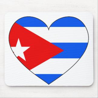 キューバの旗のハート マウスパッド