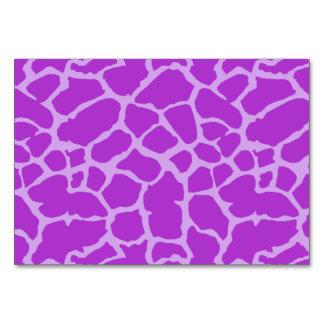 キリンのアニマルプリントの紫色のラベンダーのデザイン カード