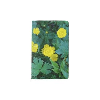 キンボウゲのテーマのカスタムなノート ポケットMoleskineノートブック