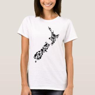 キーウィのニュージーランド-十分に-黒 Tシャツ