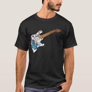 ギターで音楽ノートから成っている音楽 Tシャツ
