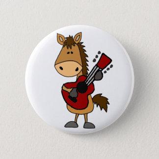 ギターの芸術を遊んでいるおもしろいな栗毛の馬 5.7CM 丸型バッジ