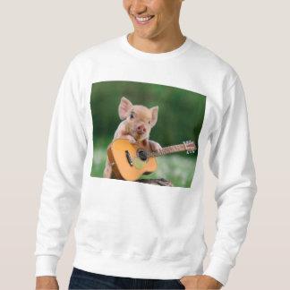 ギターを演奏しているおもしろいでかわいいブタ スウェットシャツ