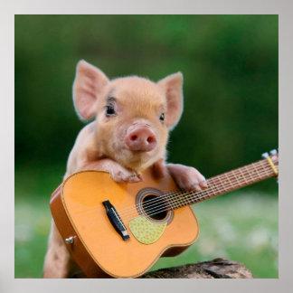 ギターを演奏しているおもしろいでかわいいブタ ポスター