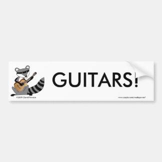 ギターを演奏しているアライグマ バンパーステッカー
