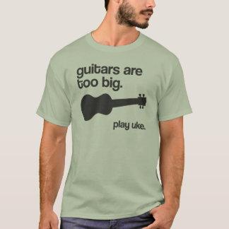 """""""ギター余りに大きい""""はデザインです Tシャツ"""