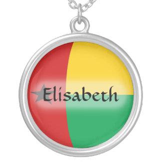 ギニア-ビサウの旗 + 一流のネックレス シルバープレートネックレス