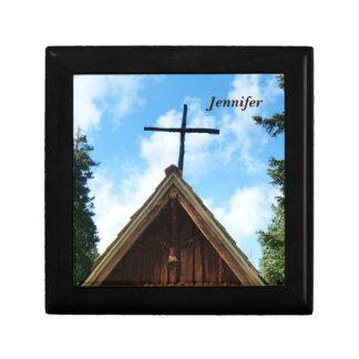 ギフトか宝石箱、十字が付いている古い教会 ギフトボックス