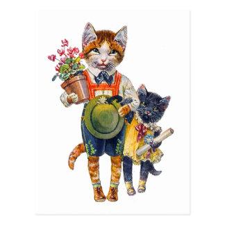 ギフトに耐えている愛らしく小さい猫 ポストカード