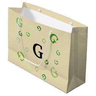 ギフトバッグ(Lrg) -緑の乱雑な手紙 ラージペーパーバッグ