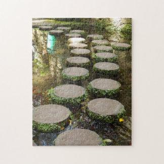 ギフト用の箱が付いている飛石の写真のパズル ジグソーパズル