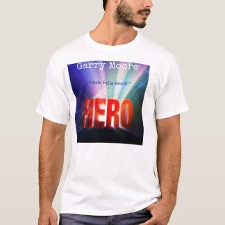 """ギャリームーアの""""英雄""""のTシャツ Tシャツ"""