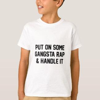 ギャングの叩く音は及びそれを扱います Tシャツ