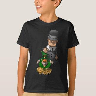 ギャングは小妖精の下で揺れます Tシャツ