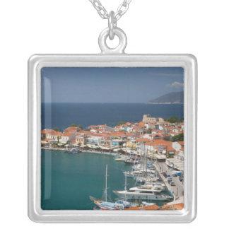 ギリシャの北東エーゲ海諸島、サモス、3 シルバープレートネックレス