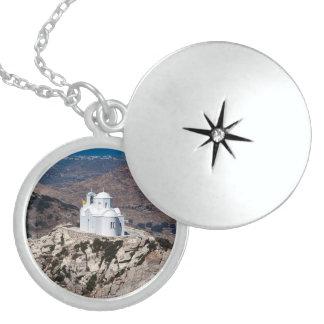ギリシャ山の孤独な教会 ロケットネックレス