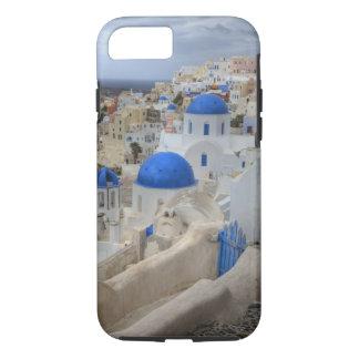 ギリシャ、Santorini。 3の鐘桜そして青いドーム iPhone 8/7ケース