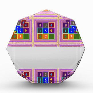 ギーク: 子供へクイズゲーム 表彰盾