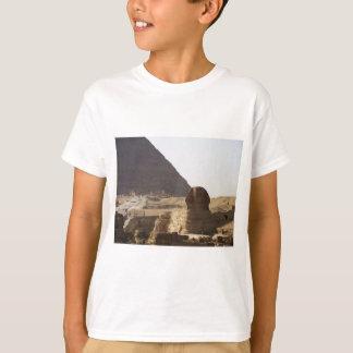 ギーザのピラミッド及びスフィンクスの写真 Tシャツ