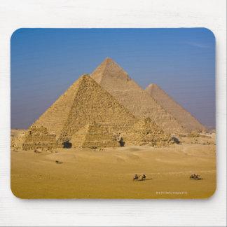 ギーザ、エジプトの素晴らしいピラミッド マウスパッド