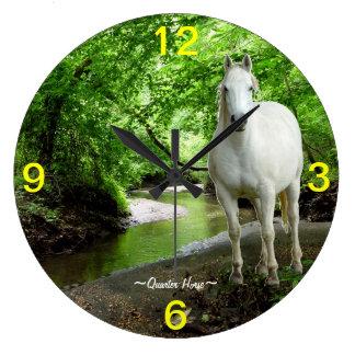 クォーター馬の流れの森林柱時計 壁時計