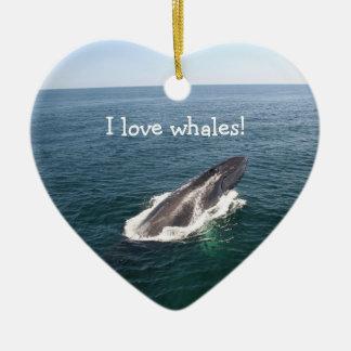クジラの突進、ペンダント セラミックオーナメント
