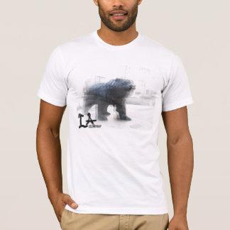 クマのティー Tシャツ