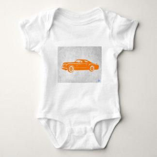 クライスラのヴィンテージのオレンジ ベビーボディスーツ