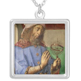 クラウディオス・プトレマイオス、c.1475のポートレート シルバープレートネックレス