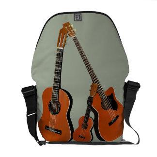 クラシカルなギターの音響の低音およびウクレレ メッセンジャーバッグ