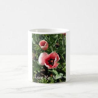 クラシックお母さんのためのピンクのチューリップが付いている11のozのマグ コーヒーマグカップ