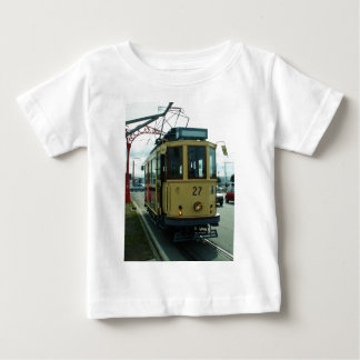 クラシックなイギリスの市街電車 ベビーTシャツ