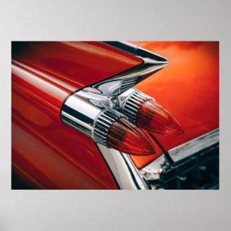 クラシックなキャデラックのテールフィン自動赤い車ポスター芸術 ポスター