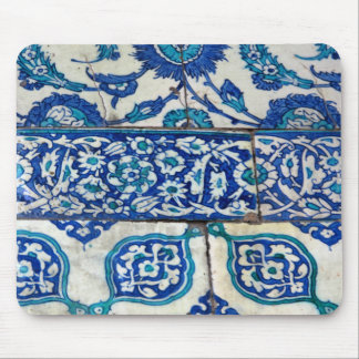 クラシックなヴィンテージのiznikの青および白いタイルパターン マウスパッド