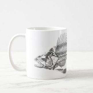 クラシックな動物学のエッチング-魚の骨組 コーヒーマグカップ