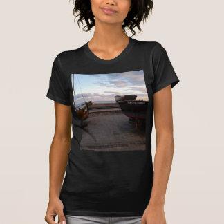 クラシックな漁船マーサGunn Tシャツ